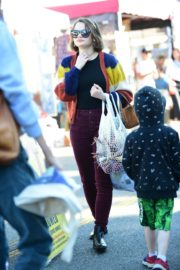 Joey King at the Farmer's Market in Los Angeles 2019/11/24 15