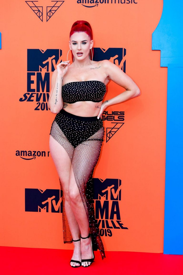 Justina Valentine attends MTV Europe Music Awards in Seville, Spain 2019/11/03 6