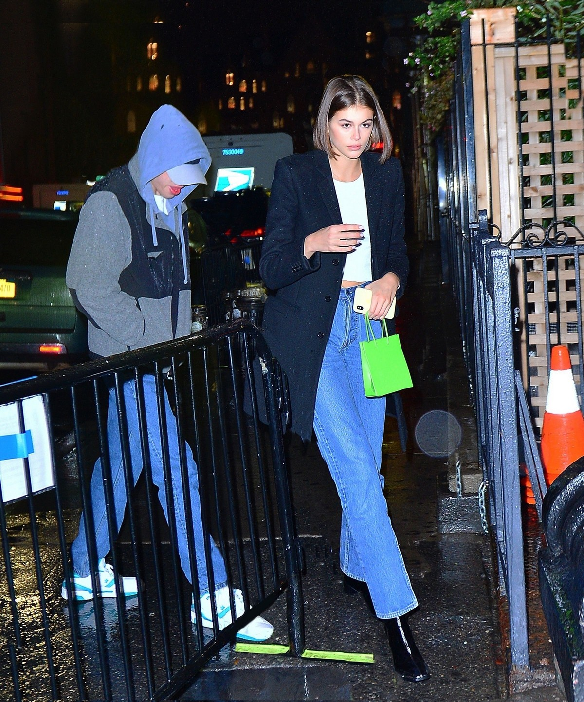 Kaia Gerber and Pete Davidson Nigh Out in New York 2019/11/18 2