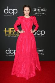 Kaitlyn Dever attends 23rd Annual Hollywood Film Awards at The Beverly Hilton Hotel in Beverly Hills 2019/11/03 1