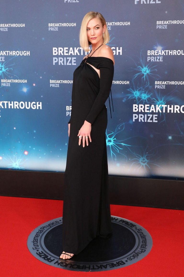 Karlie Kloss attends 8th Annual Breakthrough Prize Ceremony in Mountain View 2019/11/03 4