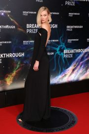 Karlie Kloss attends 8th Annual Breakthrough Prize Ceremony in Mountain View 2019/11/03 9