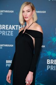 Karlie Kloss attends 8th Annual Breakthrough Prize Ceremony in Mountain View 2019/11/03 10