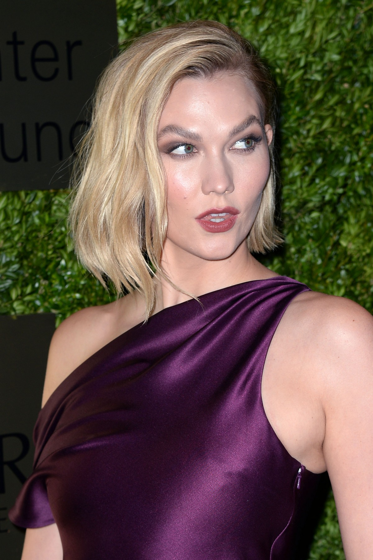 Karlie Kloss attends Lincoln Center Corporate Fashion Fund Gala in New York City 2019/11/18 1