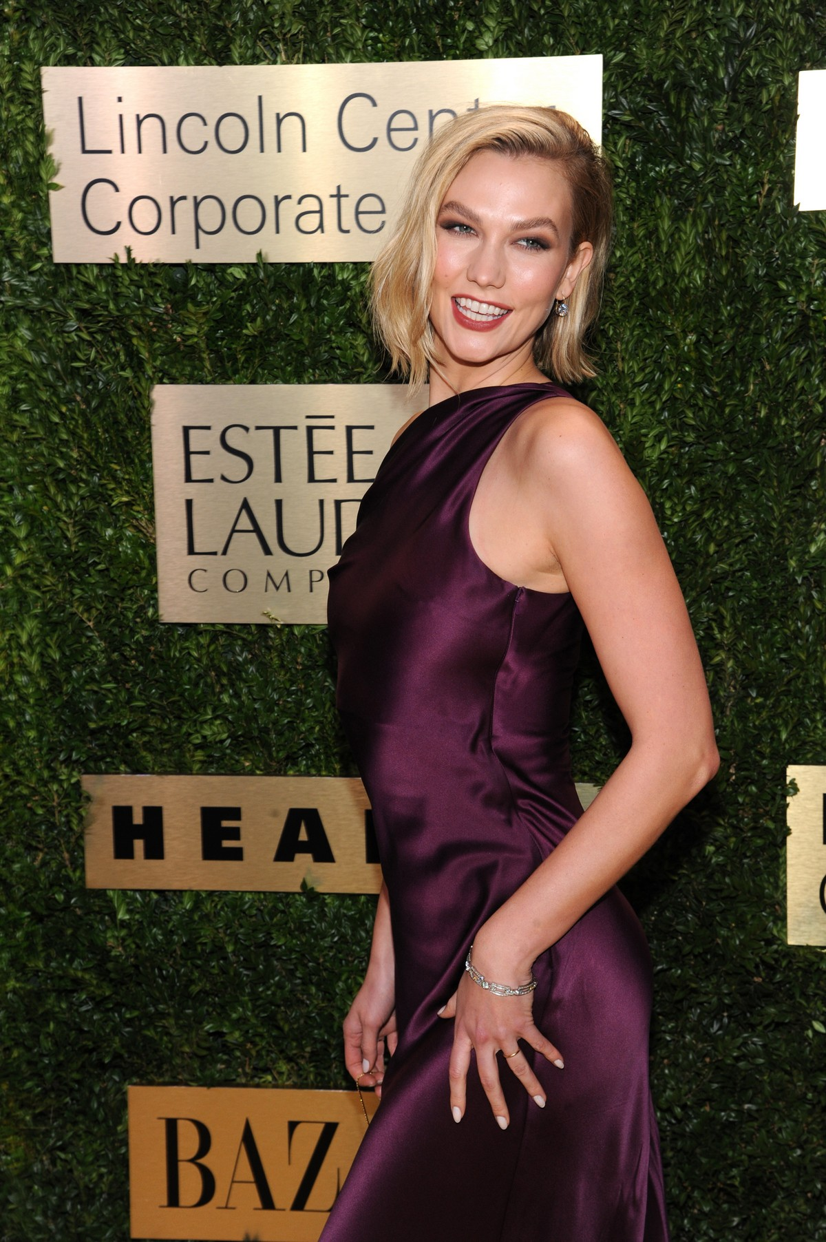 Karlie Kloss attends Lincoln Center Corporate Fashion Fund Gala in New York City 2019/11/18 4
