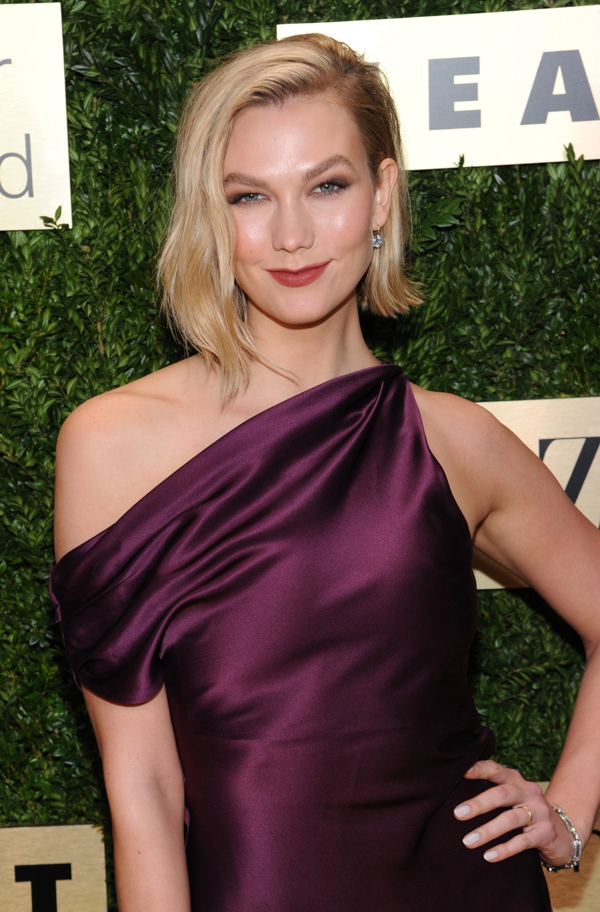 Karlie Kloss attends Lincoln Center Corporate Fashion Fund Gala in New York City 2019/11/18 5