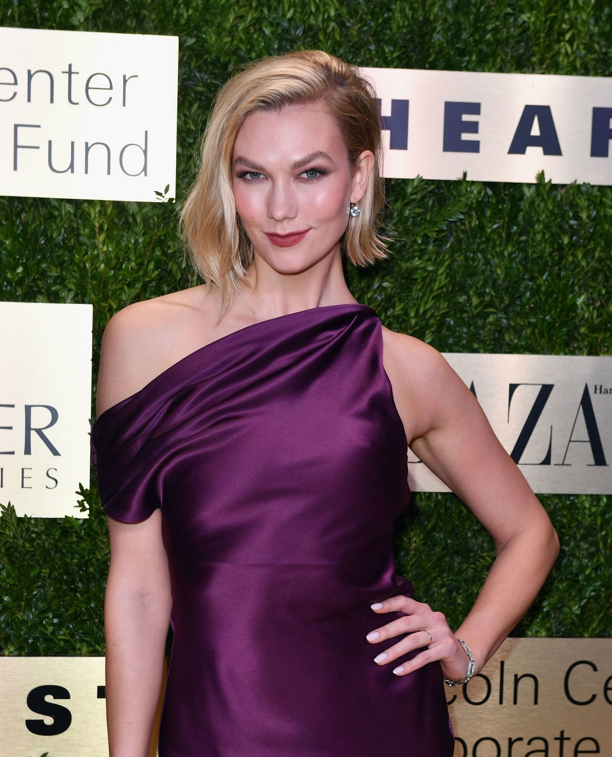 Karlie Kloss attends Lincoln Center Corporate Fashion Fund Gala in New York City 2019/11/18 11