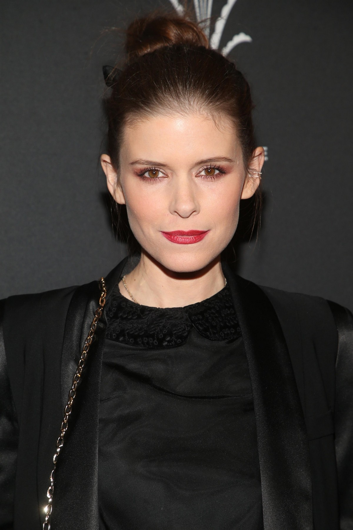 """Kate Mara attends """"Christmas at the Grove"""" Celebration in Los Angeles 2019/11/17 3"""