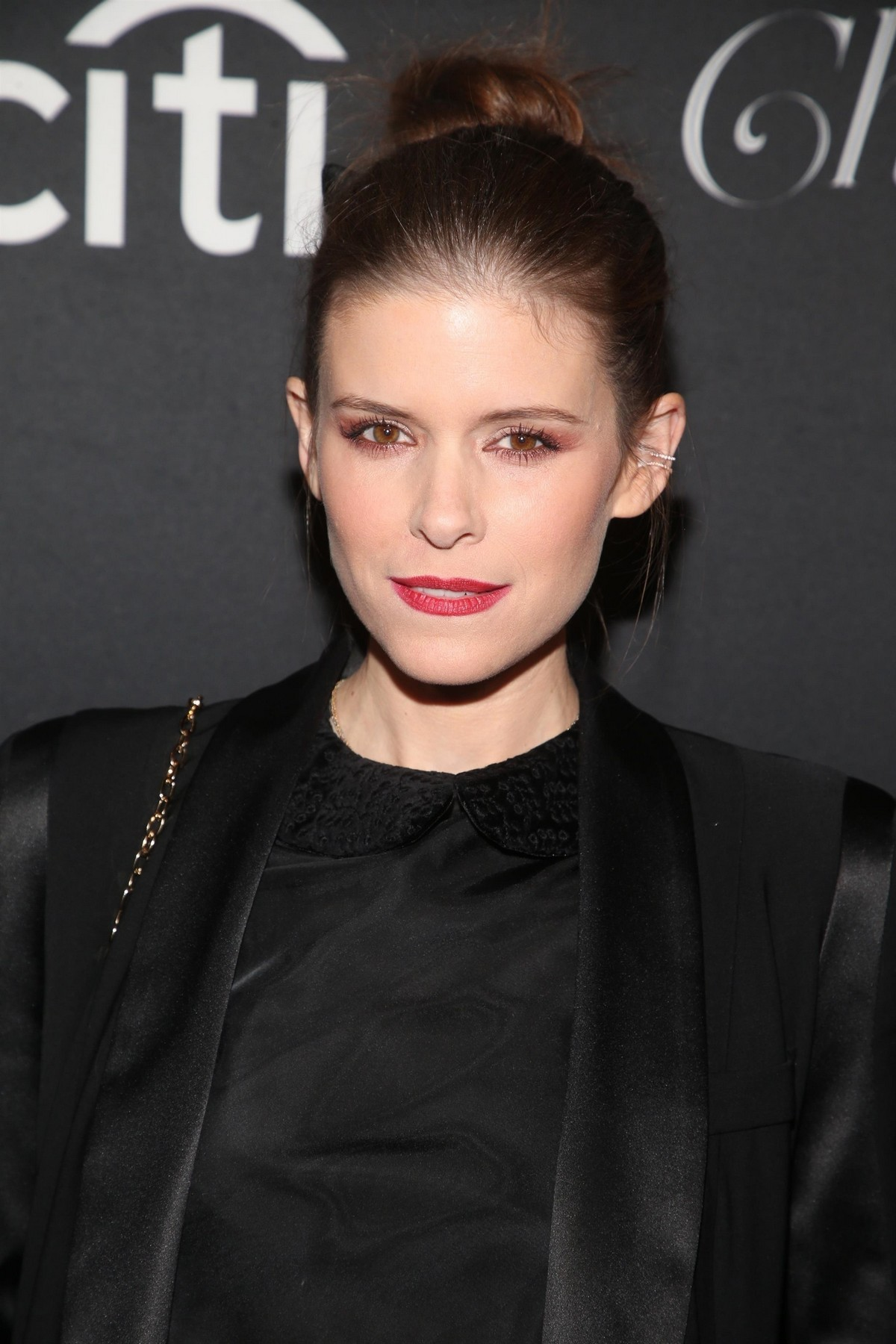 """Kate Mara attends """"Christmas at the Grove"""" Celebration in Los Angeles 2019/11/17 5"""