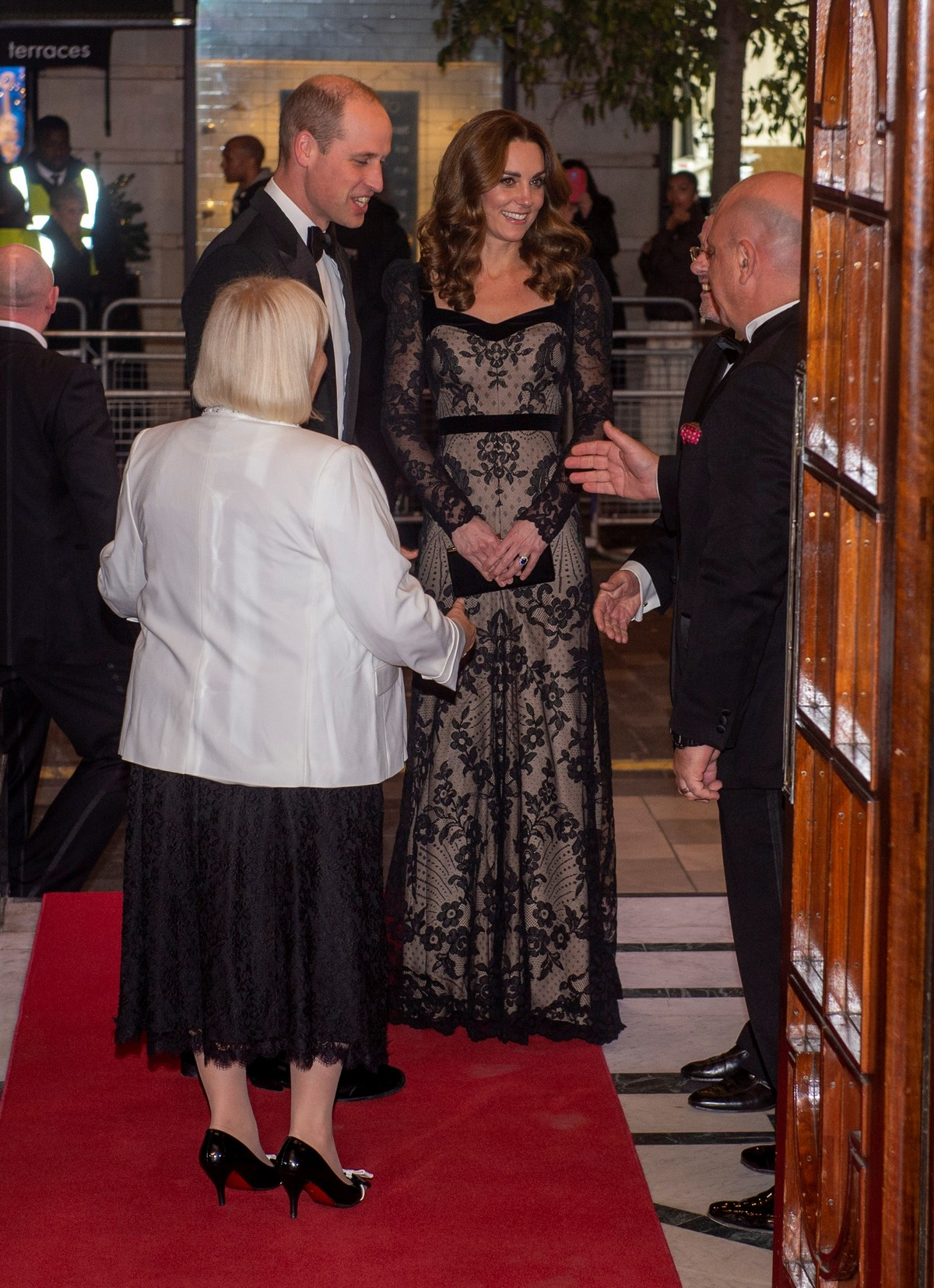 Kate Middleton attends the Royal Variety Performance in London 2019/11/18 3