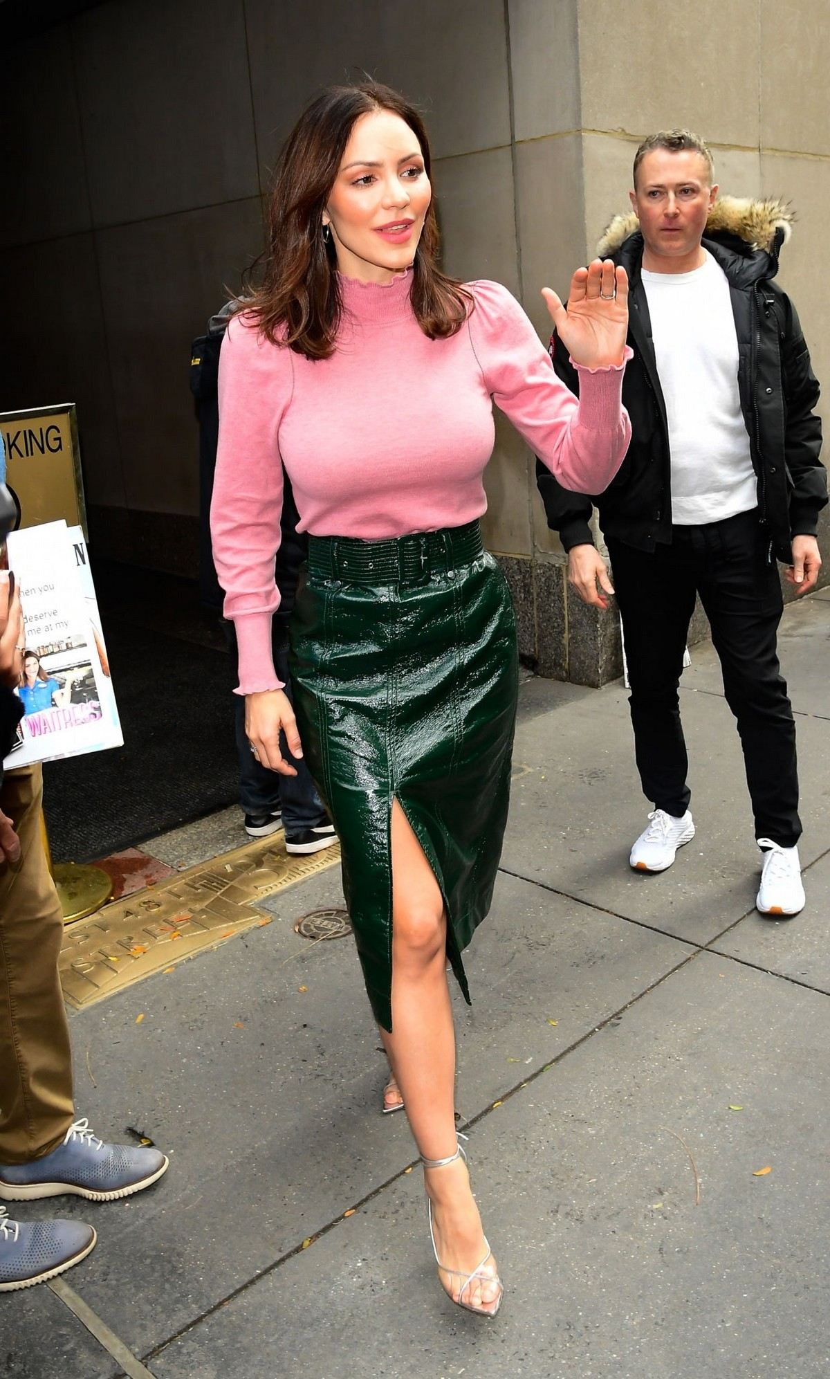 Katharine McPhee Leaves The Today Show in New York 2019/11/19 1