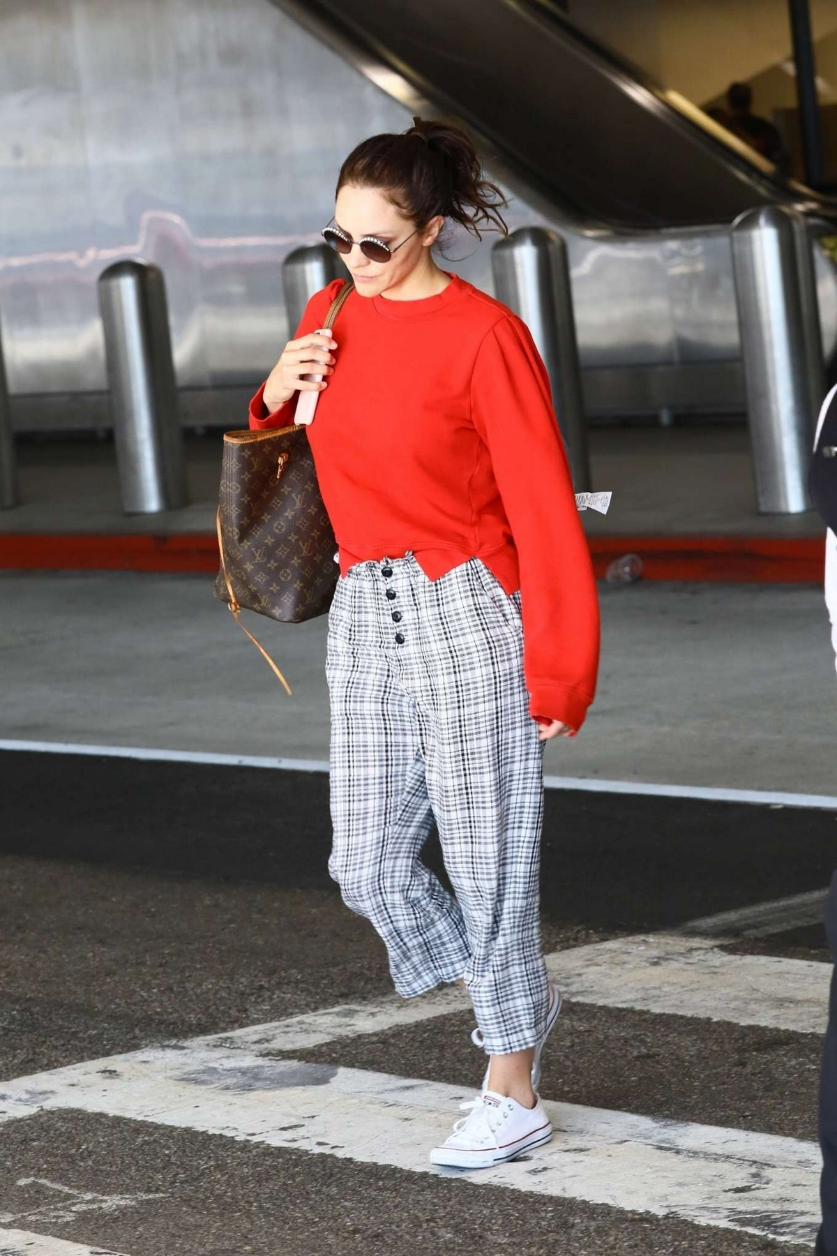 Katharine McPhee Outside at LAX Airport in Los Angeles International Airport 2019/11/09 1