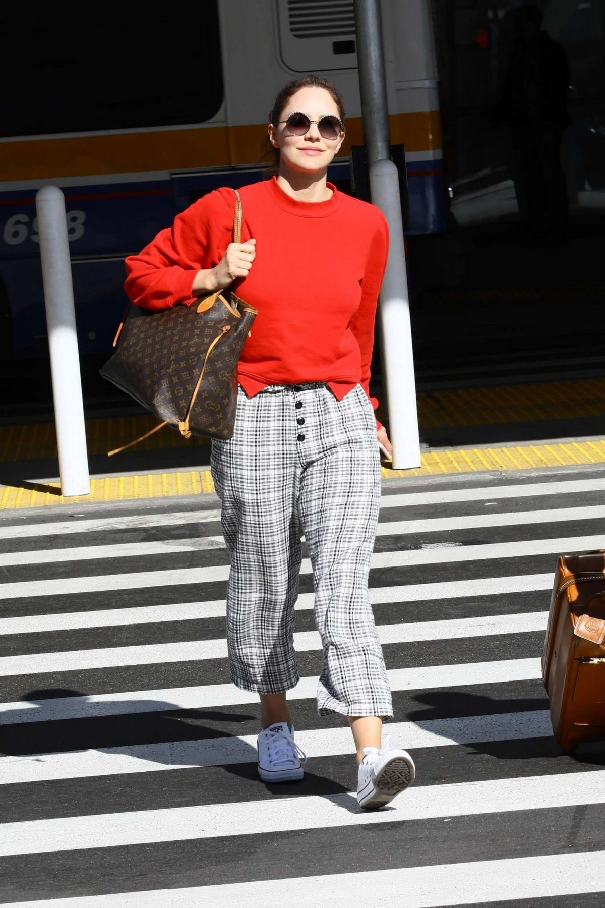 Katharine McPhee Outside at LAX Airport in Los Angeles International Airport 2019/11/09 3