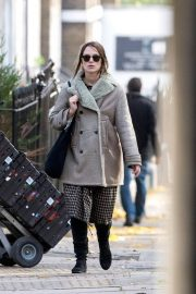 Keira Knightley Grocery Shopping Out in London 2019/10/31 1