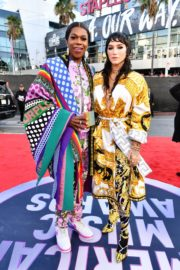 Kesha and Freedia attend 2019 American Music Awards at Microsoft Theater in Los Angeles 2019/11/24 3