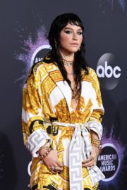 Kesha attends 2019 American Music Awards at Microsoft Theater in Los Angeles 2019/11/24 1