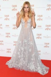 Kimberley Garner flashes her cleavage at Chain of Hope Ball in London 2019/11/22 14