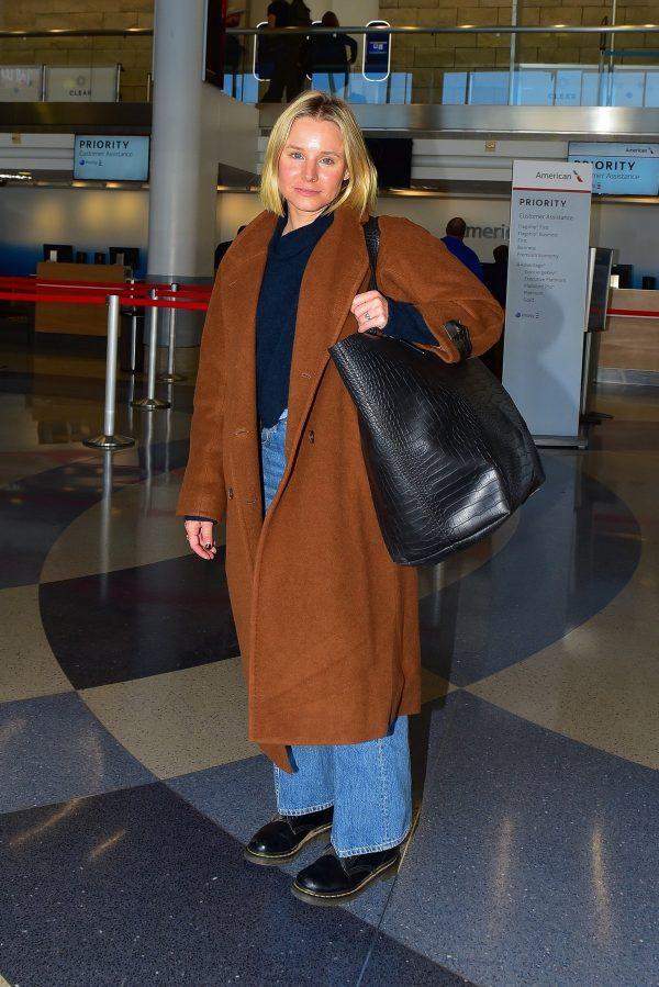 Kristen Bell seen at LAX airport in Los Angeles 2019/11/01 1