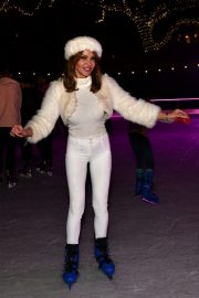 Lizzie Cundy enjoys Natural History Museum Ice Rink Launch Party in London 2019/10/23 6
