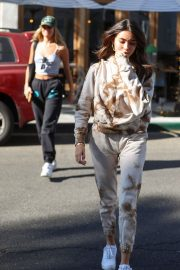 Madison Beer and friend Isabella Jones out for lunch in Beverly Hills 2019/10/31 6