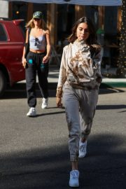 Madison Beer and friend Isabella Jones out for lunch in Beverly Hills 2019/10/31 9