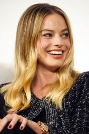 Margot Robbie attends 'Once Upon a Time in Hollywood' Screening in Los Angeles 2019/11/02 2