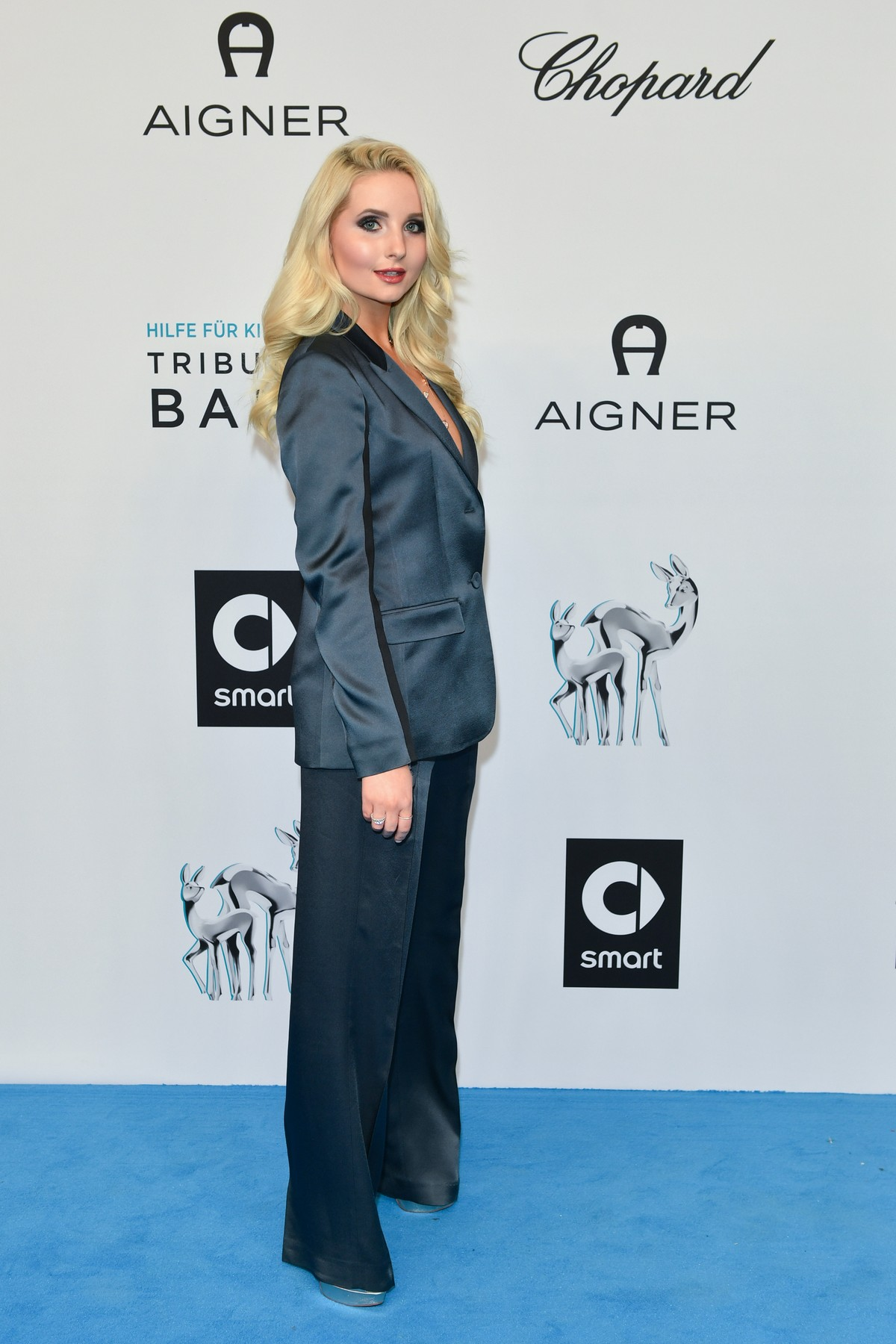 Model Anna Hiltrop arrives Tribute to BAMBI in Baden-Baden, Germany 2019/11/20 1