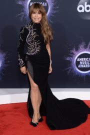 Paula Abdul attends 2019 American Music Awards in Los Angeles 2019/11/24 1