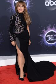 Paula Abdul attends 2019 American Music Awards in Los Angeles 2019/11/24 3