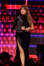 Paula Abdul attends 2019 American Music Awards in Los Angeles 2019/11/24 10
