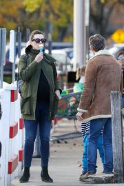 Pregnant Anne Hathaway with her husband Out in Fairfield County in Connecticut 11/06/2019 7