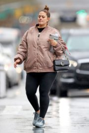 Pregnant Ashley Graham shows Her Baby Bump out with Her Husband Justin Ervin in New York City 2019/11/23 6