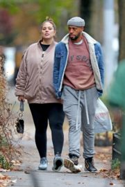 Pregnant Ashley Graham shows Her Baby Bump out with Her Husband Justin Ervin in New York City 2019/11/23 8