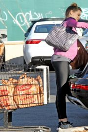 Pregnant Danielle Panabaker grocery shopping out in Hollywood 2019/11/08 8