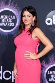 Pregnant Jenna Dewan attends 2019 American Music Awards at Microsoft Theater in Los Angeles 2019/11/24 10