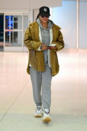 Rihanna in Stylish Jacket leaves at the airport in Teaneck, New Jersey 2019/11/29 4