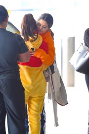 Selena Gomez arrives at JFK Airport in New York 2019/10/30 5