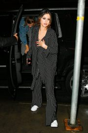 Selena Gomez visits at La Esquina for dinner with Goodbye Honolulu in New York 2019/10/29 5