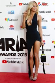 Sophie Monk attends 33rd Annual ARIA Awards at The Sun in Sydney 2019/11/27 1