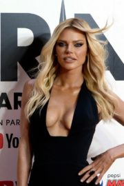 Sophie Monk attends 33rd Annual ARIA Awards at The Sun in Sydney 2019/11/27 3