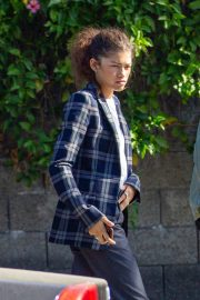Zendaya Out for a business meeting in Burbank 2019/10/31 3