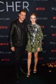 Adam Levy and Freya Allan attend The Witcher Photocall in Hollywood 2019/12/03 3
