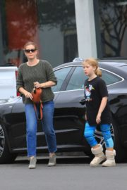 Amy Adams and her daughter Aviana Olea Le Gallo Out in West Hollywood 20191/12/08 4