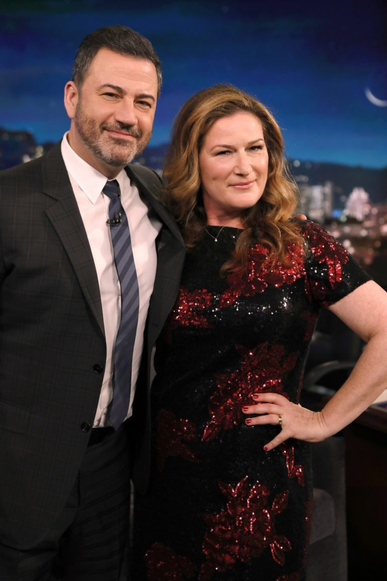 Ana Gasteyer attends Jimmy Kimmel Live! in Hollywood 2019/12/04 1