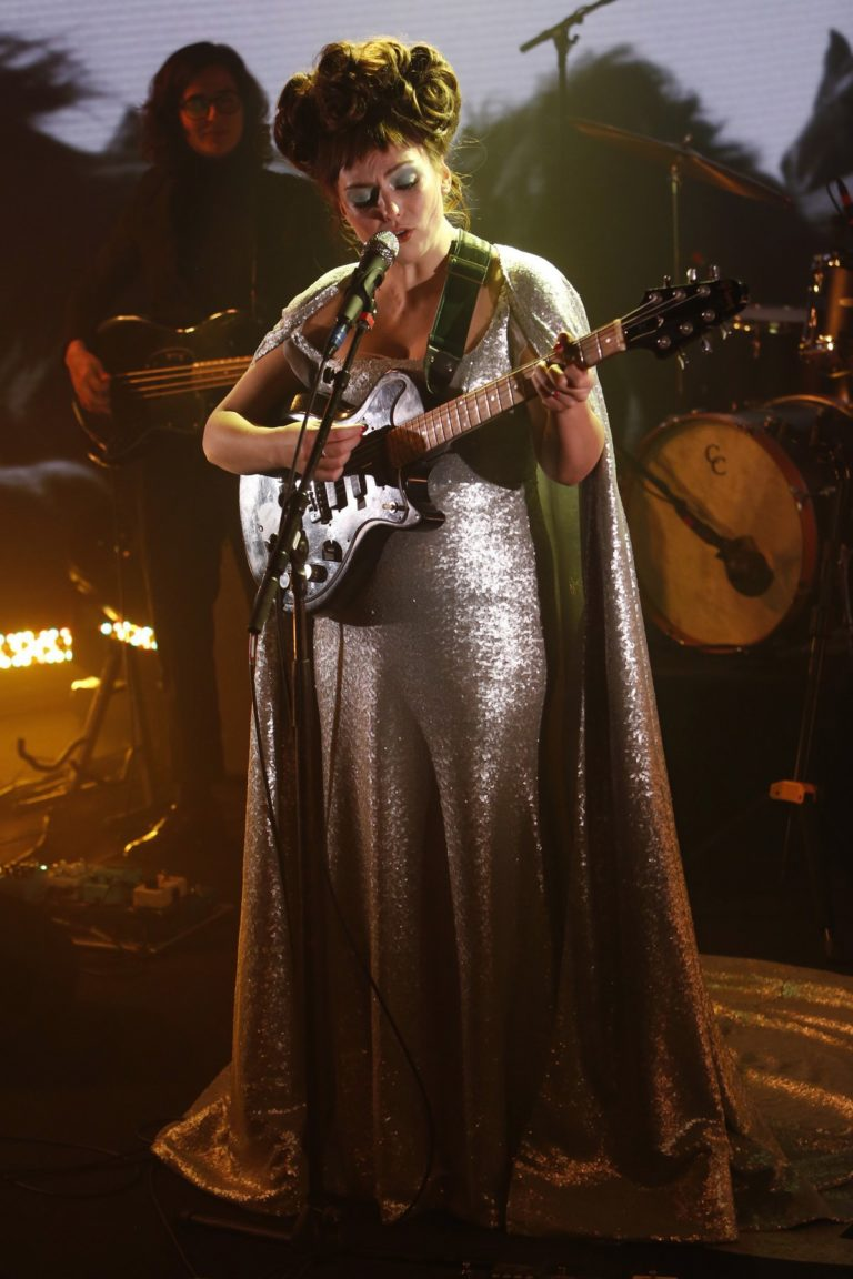 Angel Olsen attends Jimmy Kimmel Live! in Hollywood 2019/12/04 4