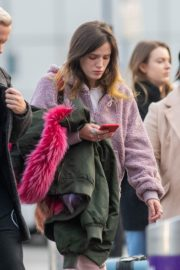 Bella Thorne without makeup in cozy jacket and pink sleepwear out in London 2019/12/03 2
