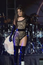 Camila Cabello performs B96 Jingle Bash at the Allstate Arena in Chicago 2019/12/07 13