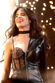 Camila Cabello performs iHeartRadio Jingle Ball Tour 2019 at Dickies Arena in Dallas 2019/12/03 1