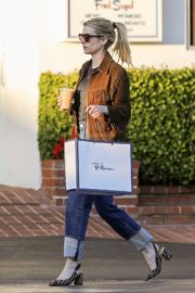 Emma Roberts in stylish brown jacket out shopping in Beverly Hills 2019/12/18 1