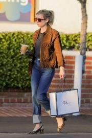 Emma Roberts in stylish brown jacket out shopping in Beverly Hills 2019/12/18 2